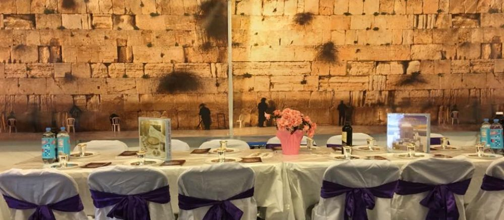 Traditional Interactive Passover Seders
